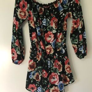 Floral Shorts Romper Size Small Black